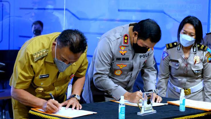 Hadiri Penandatanganan MoU Pengintegrasian CCTV di Kota Manado, Gubernur Olly Yakin PAD Bisa Lebih Ditingkatkan